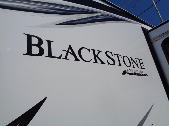 2018 OUTDOORS RV BLACK STONE 250RKS