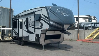 2015 OUTDOORS RV GLACIER PEAK F26RKS
