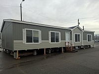 2017 FLEETWOOD WAVERLY CREST-28563W manufactured home