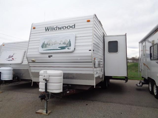 2004 FLEETWOOD WILDWOOD T22