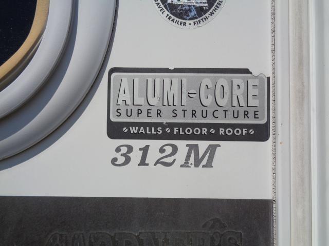 2005 KEYSTONE EVEREST 312M