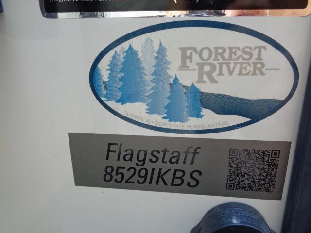 2018 FOREST RIVER FLAGSTAFF 8529IKBS