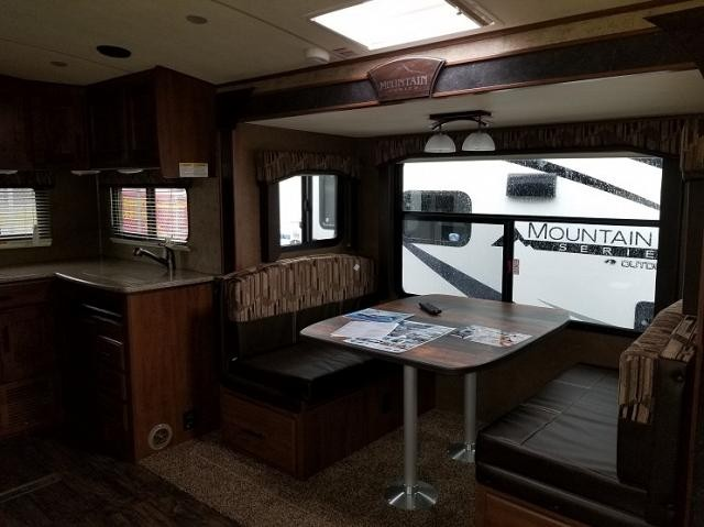 2018 OUTDOORS RV BLACK STONE 250RKS