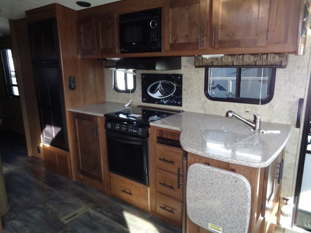 2019 OUTDOORS RV BLACK STONE 250RDS