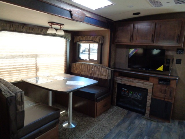 2019 OUTDOORS RV BLACK STONE 250RKS