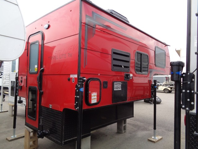 2019 TRAVEL LITE 770 R SUPER LITE TRUCK CAMPER